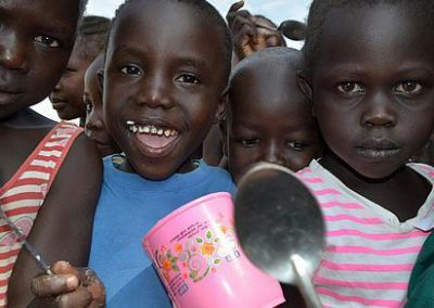 Nahrung für unterernährte Kinder im Südsudan